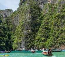 Cheap tickets from Mumbai to Phuket for ₹ 15643 ($ 230)