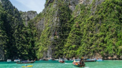 Cheap tickets from Mumbai to Phuket for ₹ 15643 ($ 230)