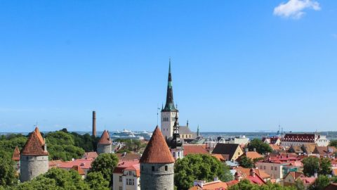 Delhi to Tallinn, Estonia for ₹ 31221 ($ 426)