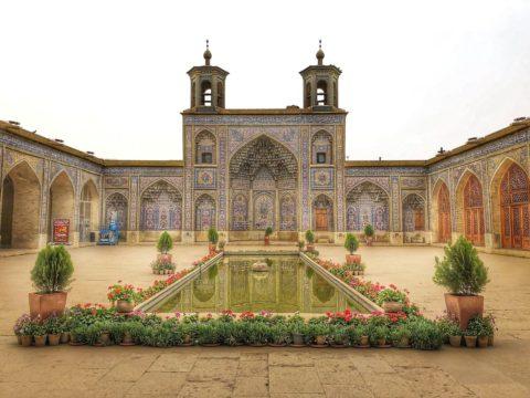 Mumbai to Shiraz, Iran for ₹17633 ($254)